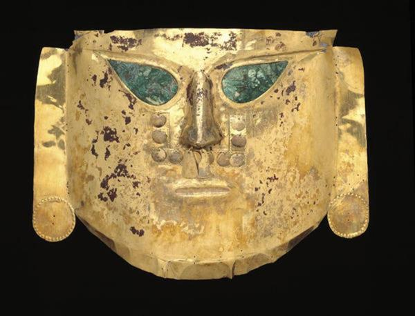 Sican culture, Ceremonial mask, A.D. 900-1100, Dallas Museum of Art, The Eugene and Margaret McDermott Art Fund, Inc.