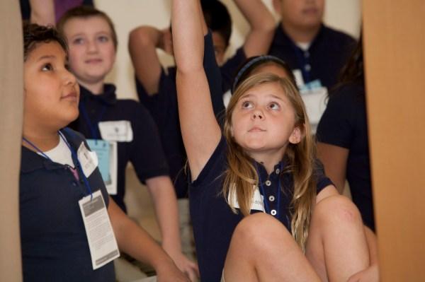 4th_Grade_Tours_11_2012_032
