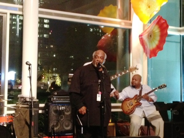 Wendell welcomes jazz lovers and introduces Breggett Rideau.