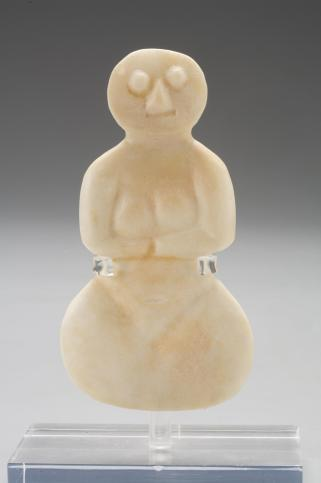 Violin-shaped female figure, 1500-500 B.C. (?), Dallas Museum of Art, Foundation for the Arts Collection, The Mr. and Mrs. Stanley Marcus Collection of Fertility Figures