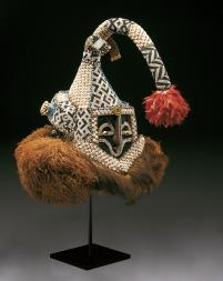 Helmut mask (mukenga), mid-20th century, Dallas Museum of Art, gift in honor of Peter Hanszen Lynch and Cristina Martha Frances Lynch